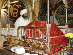 scriptures_Sri_Guru_Granth_Sahib_small
